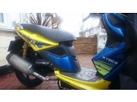 Kymco Super 8 50 2009 scooter with 8 months MOT Yellow and Blue Sports Moped