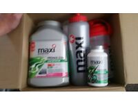 Maxi nutrition bundle with thermbol