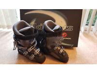 Ski Boots, Womens UK Size 5 1/2 (Mondo 24.5)