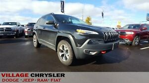 2016 Jeep Cherokee TRAILHAWK,V6,LEATHER,NAV,PANORAMIC ROOF
