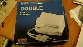 Double electric blanket