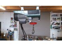 Electric hoist.240 v 250 kg lifting capacity