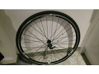 Front road bike wheel with tyre