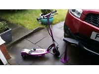 Razor E100S Electric Scooter With Seat - Purple