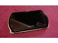 PSP GO Console & Charger