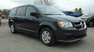 2012 Dodge Grand Caravan SXT - FULL STOW N GO - CLEAN CARPROOF