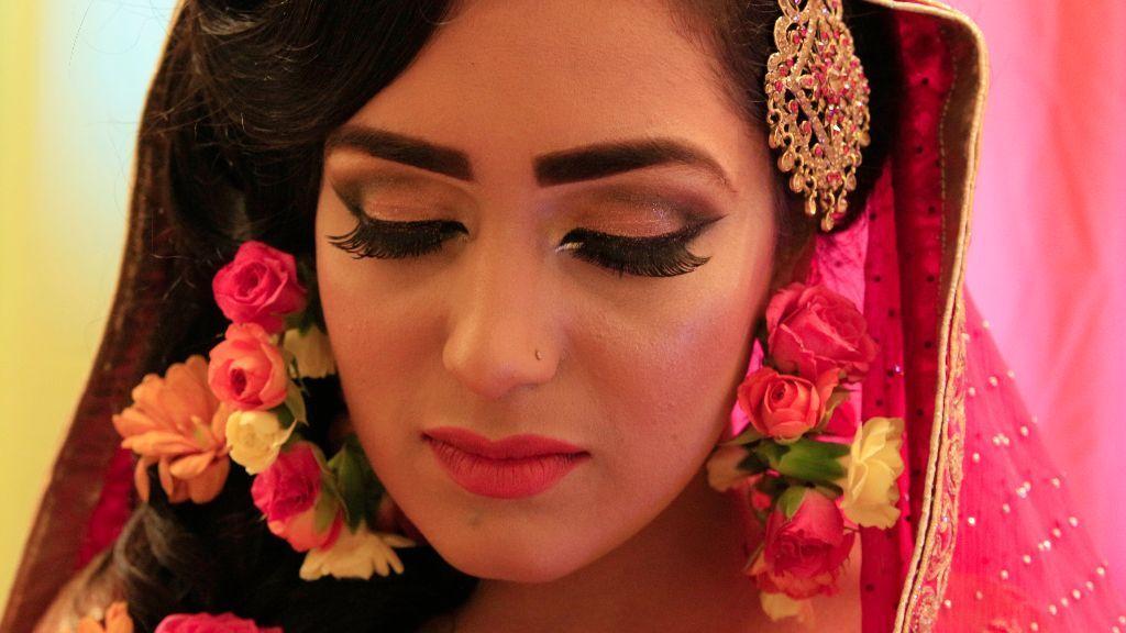 Professional Wedding Video (videographer) / Photographer