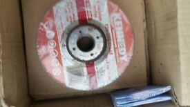 "Box of 15 12"" & 6 6"" metal cutting disks for grinder."