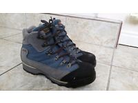 Dolomite Trekking ladies blue/grey walking boots. Size 6.5 Excellent condition.