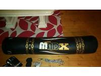 boxing bag 5ft black and gold