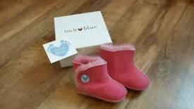 "Inch Blue ""Sheepskin Cwtches"" pink baby booties (medium 6-12 months)"