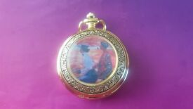 Beautiful Gold Coloured Quarz Pocket Watch