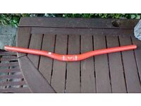 Felt alloy Mountain bike low riser handlebars. 680mm wide/ 31.8mm clamp size. Excellent condition