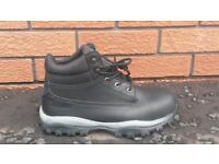 Atorn Men's Work boots- Black