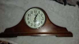 Mantel westminster chime clock