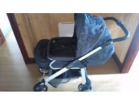 Silver Cross Linear Freeway pram/buggy and car seat travel system