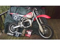 BREAKING FOR PARTS ONLY CR 80 YZ 80 / 85