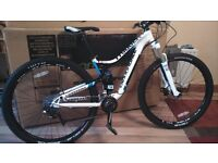 Cannondale Trigger 3 29er MTB (1 year old from new)