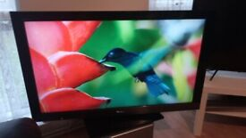 EXCELLENT 40 in SONY HDMI USB FREEVIEW TV ALSO FANTASTIC FOR GAMING