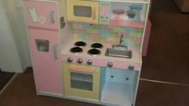 Childrens Kidcraft play Kitchen