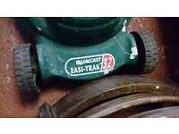 Qualcast EASI-TRAK 32 Lawnmower in Good Condition