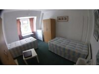 Fantastic twin room available now at Finchley road!