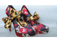 Stunning Iron Fist high heels with skull pattern and leopard print bows. Size 41 Never worn