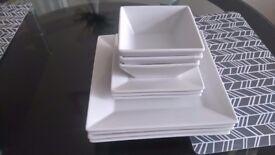 Dining white plates set