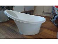 Shnuggle Baby Bath white and silver/grey in Killearn between Glasgow and Stirling
