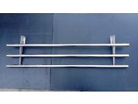 Strong retractable metal shelf