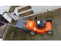Husqvarna r 147 petrol lawn mower