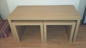 Coffee table with 2 matching side tables.