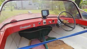 14' boat and tilt/Wave runner  trailer