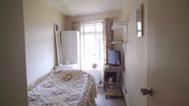 A NICE AND BRIGHT ROOM IN CAMBRIDGE CITY CENTRE