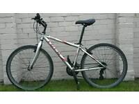 TREK 800 Mens / Boys Bike Bicycle 21 speed. £40 O.N.O.