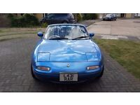1993 L reg Eunos Roadster Mazda MX5 mk1 1.8 S Special in Laguna Blue