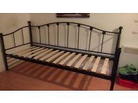 Single day bed black frame