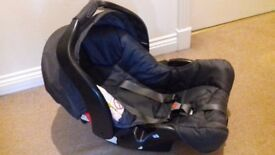 Graco Junior Car seat in excellent condition, compatible with Graco strollers