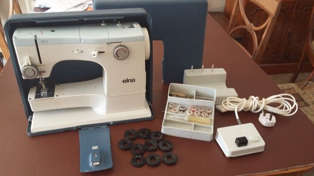Elna SU Sewing Machine Includes Case And 40 Embroidery Discs In Fascinating Elna Su Sewing Machine