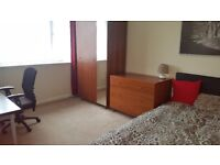 double room for one flatmate