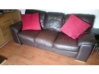 3 + 2 couches / sofa / suite
