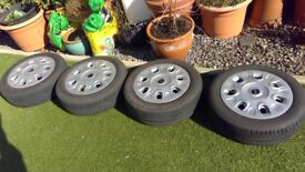 Original steel Mini Wheels with tyres