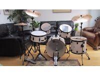 Brand new complete Mapex Mars Fusion MA504SF 2016 Drum kit
