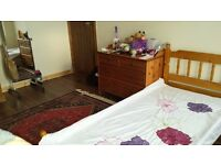 2 X Double Bedrooms - Excellent Transport Links