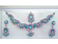 Beautiful Indian Jewellery Set - Brand new