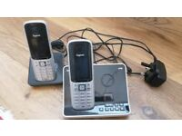 Gigaset S795 Answerphone Base Unit and Two Handsets (Price Drop)