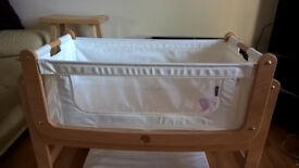 SnuzPod Bedside Crib 3 in 1 Natural with Mattress and 2 Fitted Sheets