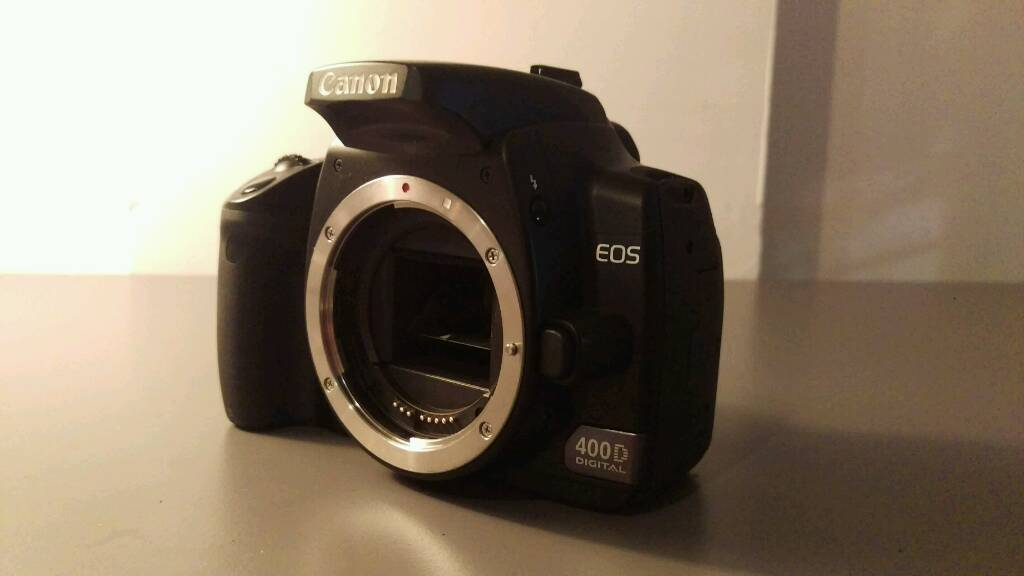 Canon 400D with 17-85mm IS USM lens and bag