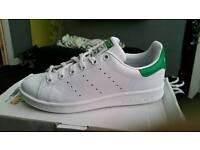 Adidas Stan Smiths size 4.5