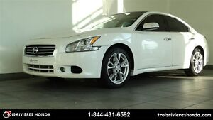 2012 Nissan Maxima SV toit panoramique mags cuir